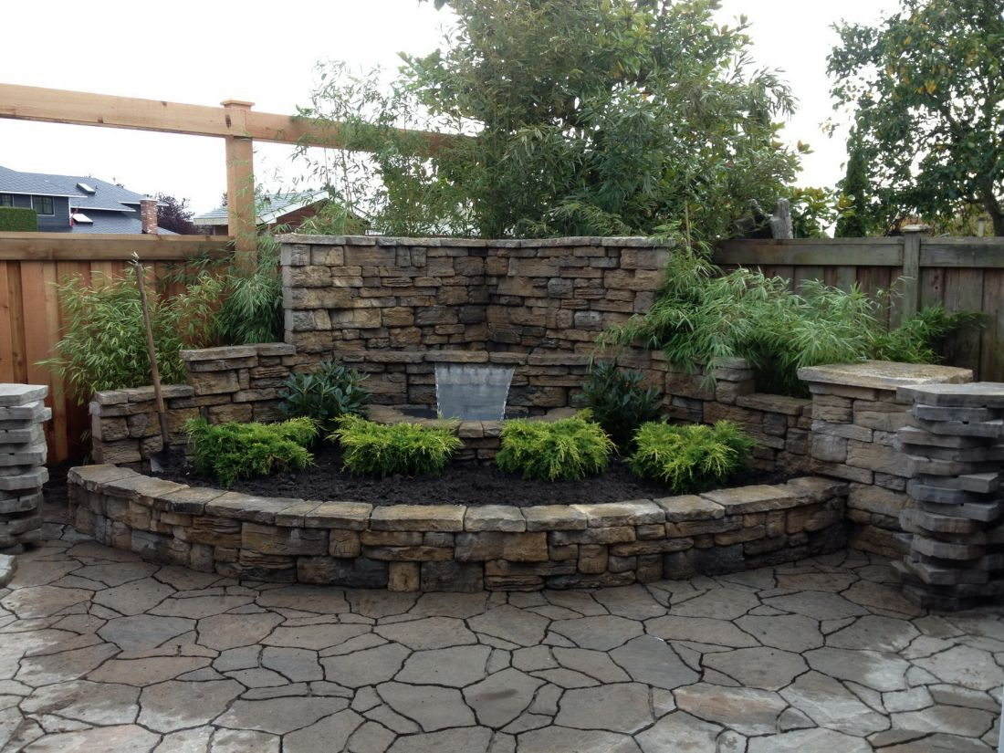 013-Belvedere waterfall feature with Mega Arbel Pavers